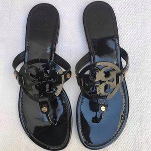 TORY BURCH 10 black sandals